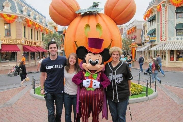 mickeys halloween party at disneyland